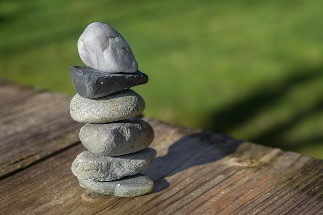 stones-2165699_640